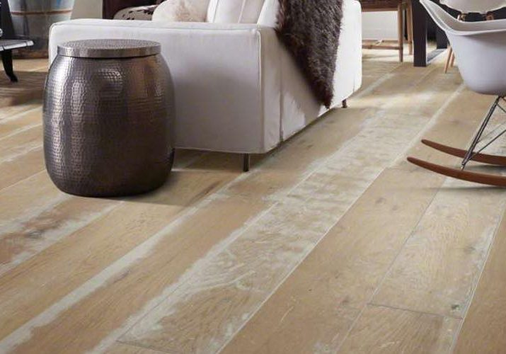 Hardwood flooring | Choice Floor Center, Inc.